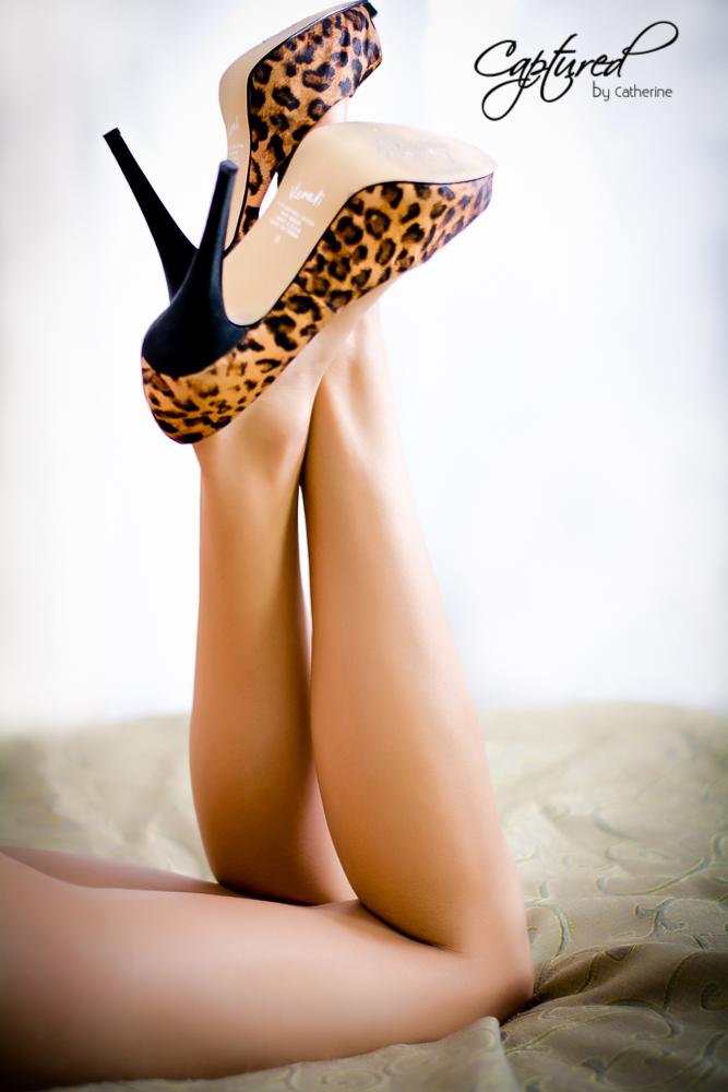 cheeky boudior photography - sexy legs